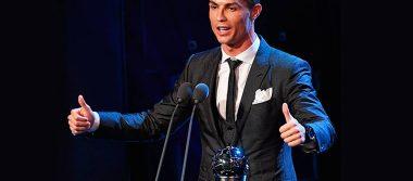 Por segundo año consecutivo, Cristiano Ronaldo se lleva el premio 'The Best' de la FIFA