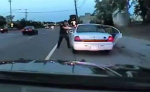 Revelan video de un policía de EU que asesinó a un afroamericano en 2016
