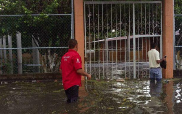 Max causa los primeros estragos en Guerrero; ríos y arroyos se desbordan