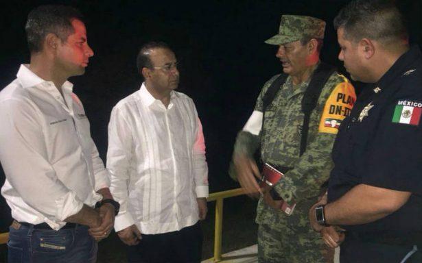 Navarrete Prida y Murat coordinan centro de atención a desastres en Pinotepa Nacional