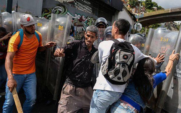 Arrecian protestas en Venezuela ante agravamiento de crisis económica