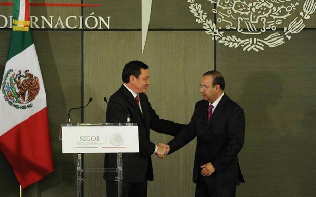 A unas horas en Gobernación, Navarrete Prida renueva equipo de trabajo