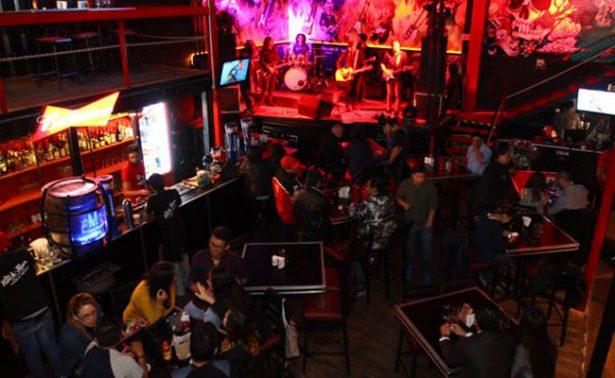 Clausuran 10 bares de Puebla por incumplir horario