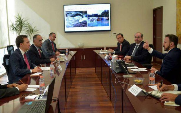 Gobernador de Chiapas y funcionarios federales evalúan avances en recuperación de Agua Azul