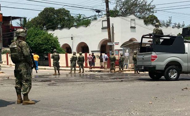 Enfrentamiento por limpieza de refinería deja20 heridos