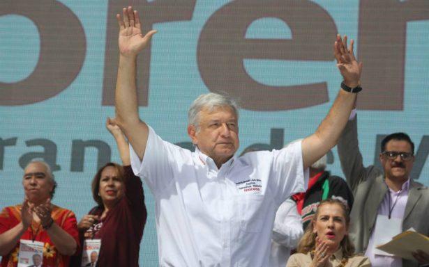 """AMLO promete refinar programas sociales que gobierno federal le """"copió mal"""""""