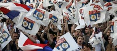"""UEFA abre procedimiento contra el Lyon por """"comportamiento racista"""" tras partido contra el CSKA Moscú"""