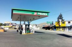 Desbloquean terminal de Pemex