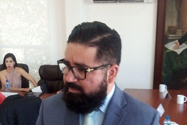 Se suman otros 12 municipios a petición de declarar vacante el puesto de diputado federal