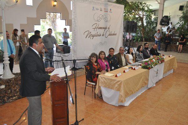La apuesta en mi Gobierno es  por la educación: Alfredo Lozoya