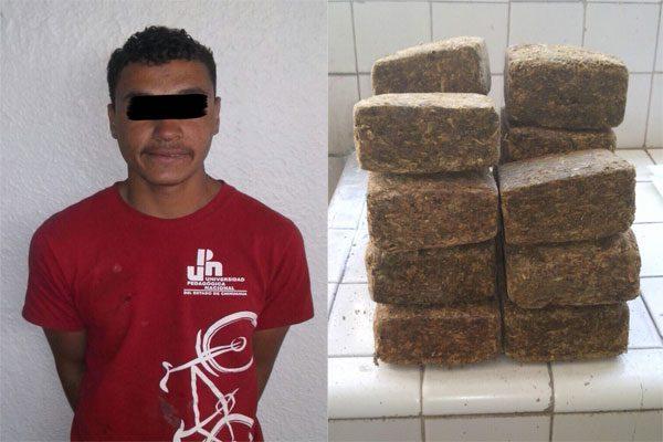 Lo sorprenden con 15 paquetes de mariguana afuera de una escuela