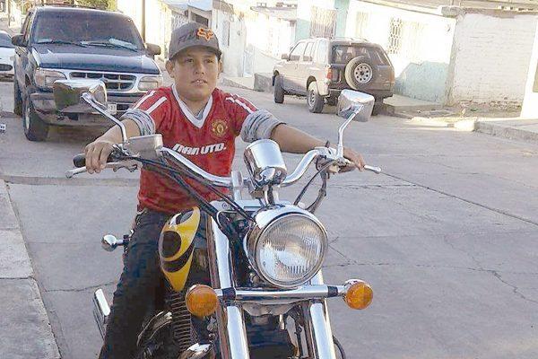 Fallece en choque joven motociclista en la Col. Heroes de la Revolución