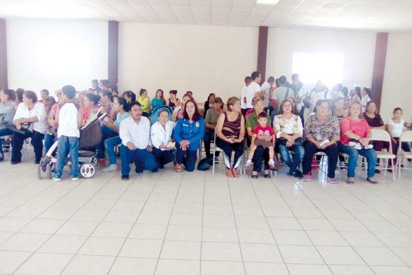 Organizan talleres para profesionistas en salud mental, en Huejotitán