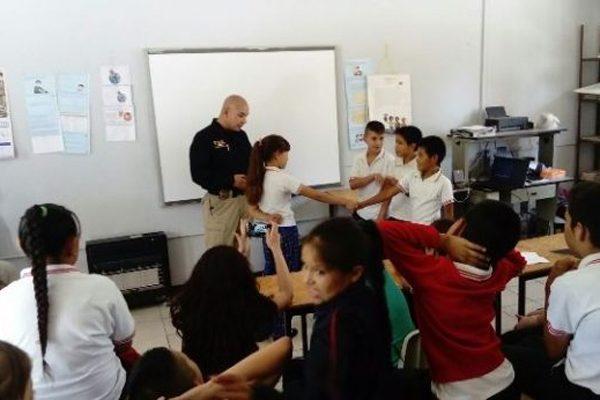 Imparten pláticas sobre prevención del delito a 232 estudiantes de Balleza