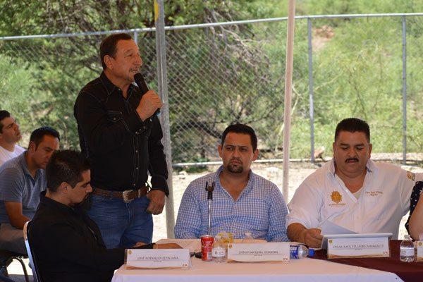 Denuncian en Villa Escobedo el traslado  de jales; se lo están llevando en camiones