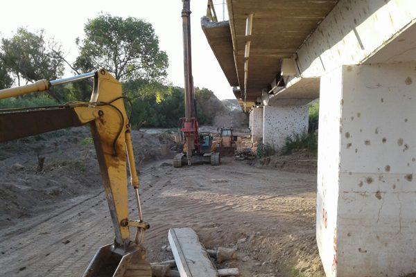 Avanzan las obras de modernización del puente Conchos en Zaragoza