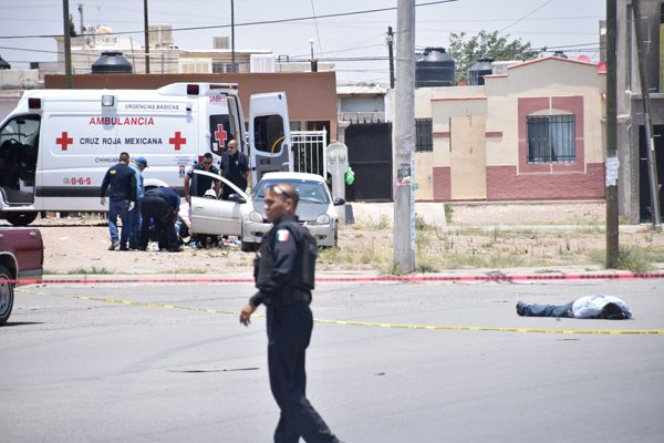 Sujetos armados matan a tres adultos y un niño de tres años en Chihuahua