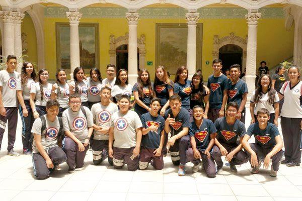 Admiran el Majestuoso Palacio Alvarado