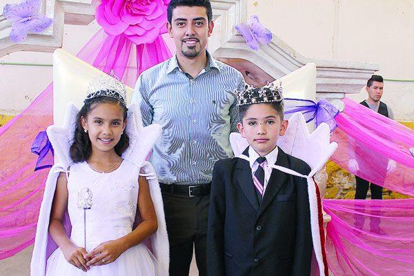 """Eligen Reyes en la Escuela """"Niños Héroes"""""""
