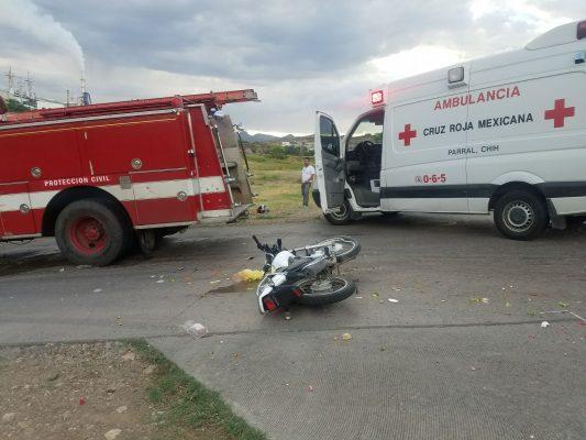 Embisten a motociclista repartidor, responsable se dio a la fuga