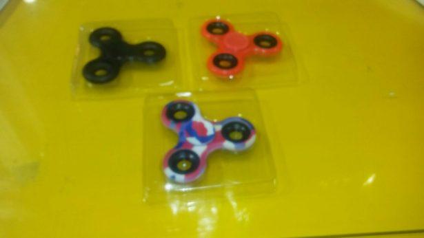 """Se populariza el uso de """"Spinners"""" en la ciudad"""