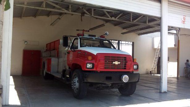Fuga en cilindro de gas moviliza a Bomberos en Jiménez