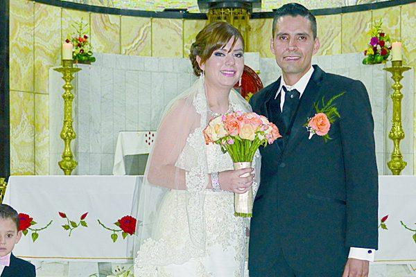 Unieron su vida  en matrimonio Alexis Guadalupe Meléndez y Álvaro Baldón