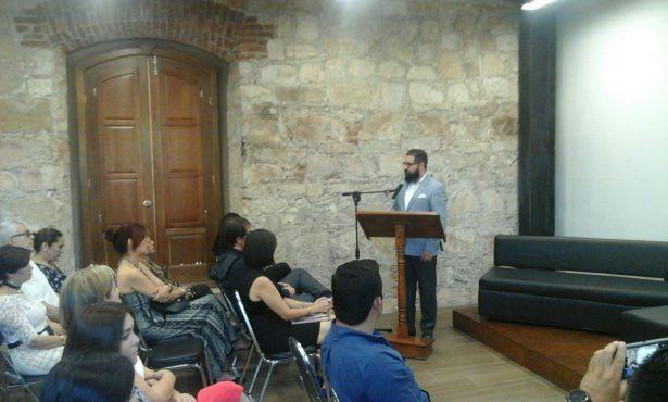 Video:Inauguran Sala Carlos Montemayor en la parte superior de la biblioteca Franklin Ceremonia dentro del Teatro Hidalgo