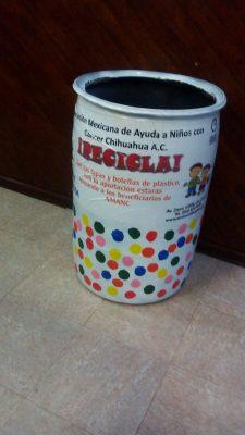 Llegó a Parral el cesto para depositar las taparoscas y ayudar a los niños que tengan cáncer