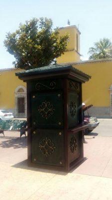 Colocan módulo de información turística en la plaza Principal