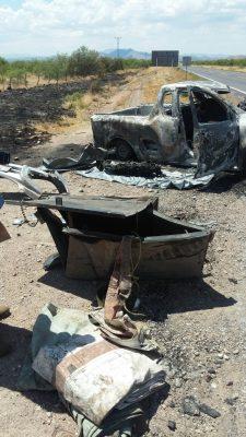 Depositan a la persona calcinada en accidente en la carretera vía corta en el SEMEFO de Parral