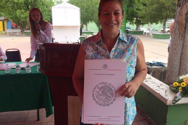 Se entregan 1,200 títulos de propiedad en Valle de Zagaroza