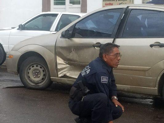 Accidente entre calles Zaragoza y Juárez