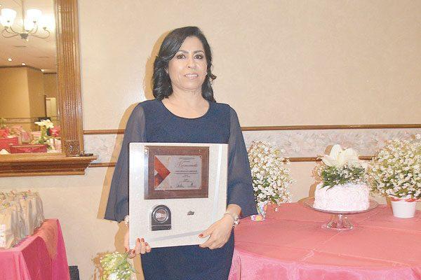Celebra su Jubilación la L.E.P. Bertha Alicia Chávez