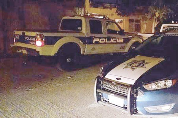 Joven ebrio fue detenido por intentar abrir un automóvil