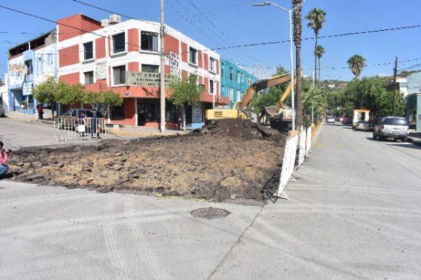 Inician los trabajos finales de concreto en avenida Independencia