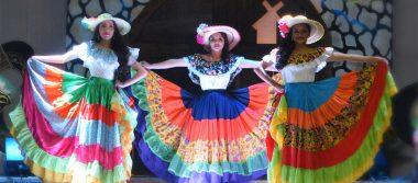 Gran presentación de las candidatas a Reina Patria en Guadalupe y Calvo