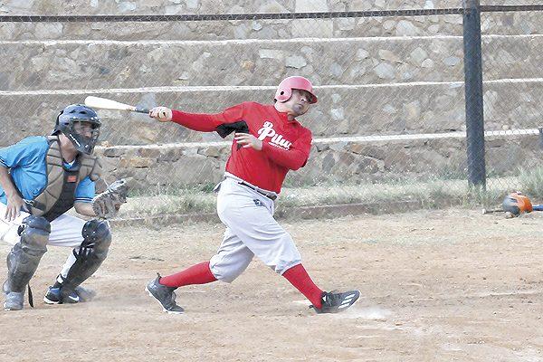 El Valle ganó a Distribuidora El Soñador en beisbol de veteranos