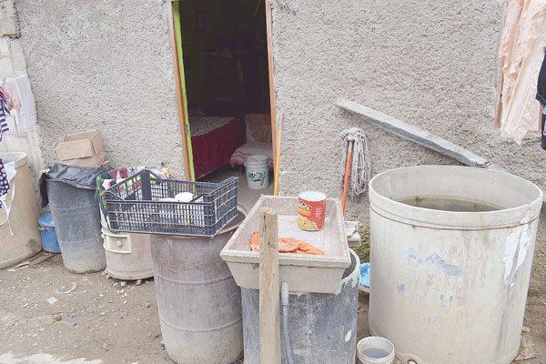 Vecinos de Santa: 5 años sin agua ni drenaje