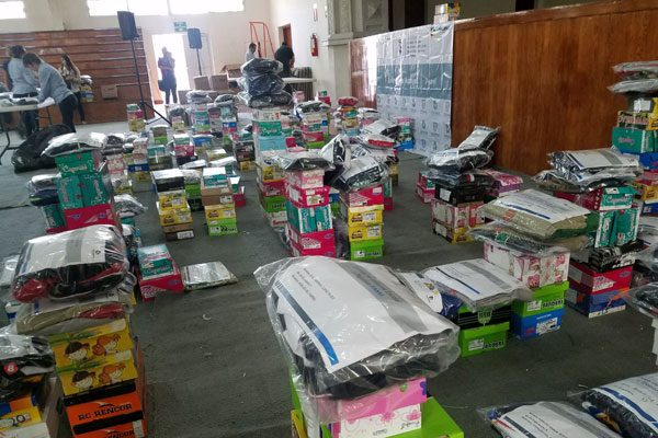 Beneficiados 300 niños del Fanvi con zapatos y uniformes