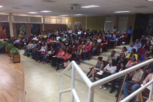 Capacitan a las mesas directivas de escuelas del Subsistema Federalizado