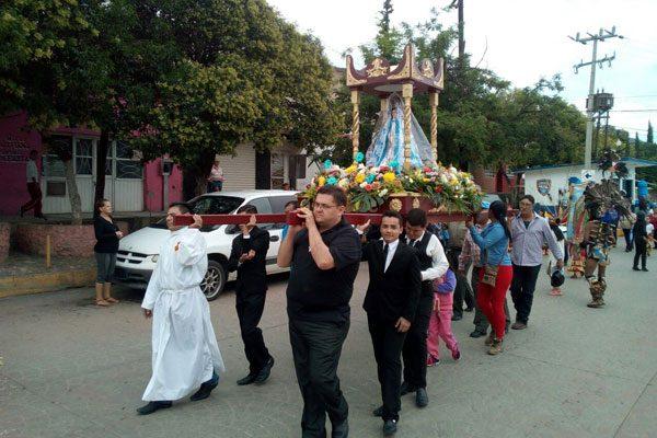 Peregrinación de la Virgen de  los Remedios, en Santa Bárbara