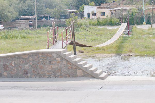 Un peligro el puente colgante de San  Antonio de las Huertas, indican vecinos