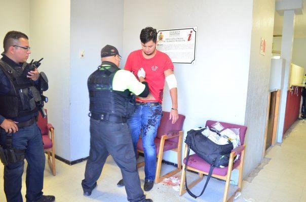 Intentan ejecutar a estudiante de la UACJ; se resguarda en Tránsito