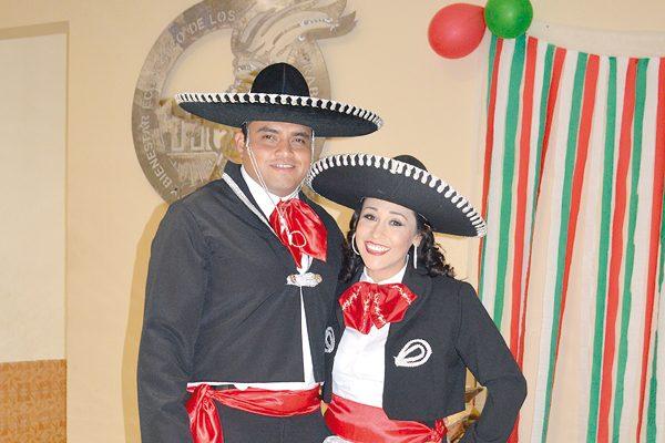 Celebran GRAN NOCHE Noche Mexicana