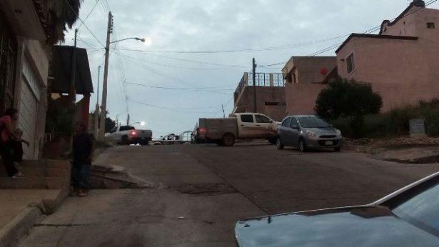 Buscan un Aveo color azul, vehículo en que viajaban los supuestos homicidas de Edith