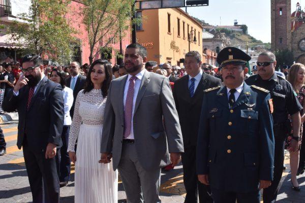 [GALERÍA] Encabeza el Alcalde, Alfredo Lozoya, su primer desfile de Independencia
