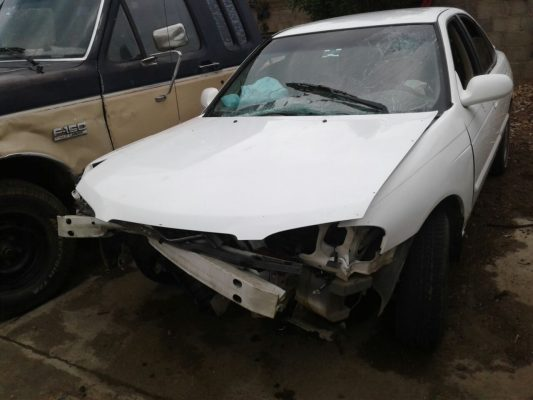 Aparatoso choque en carretera a Santa Bárbara; un lesionado