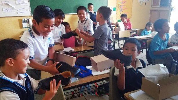 Esta semana el Municipio concretará la entrega del 60 por ciento del calzado escolar gratuito