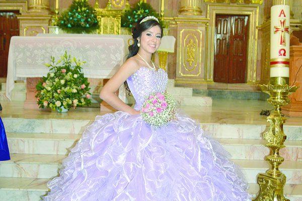 Celebró sus XV años Fernanda Carrillo Méndez